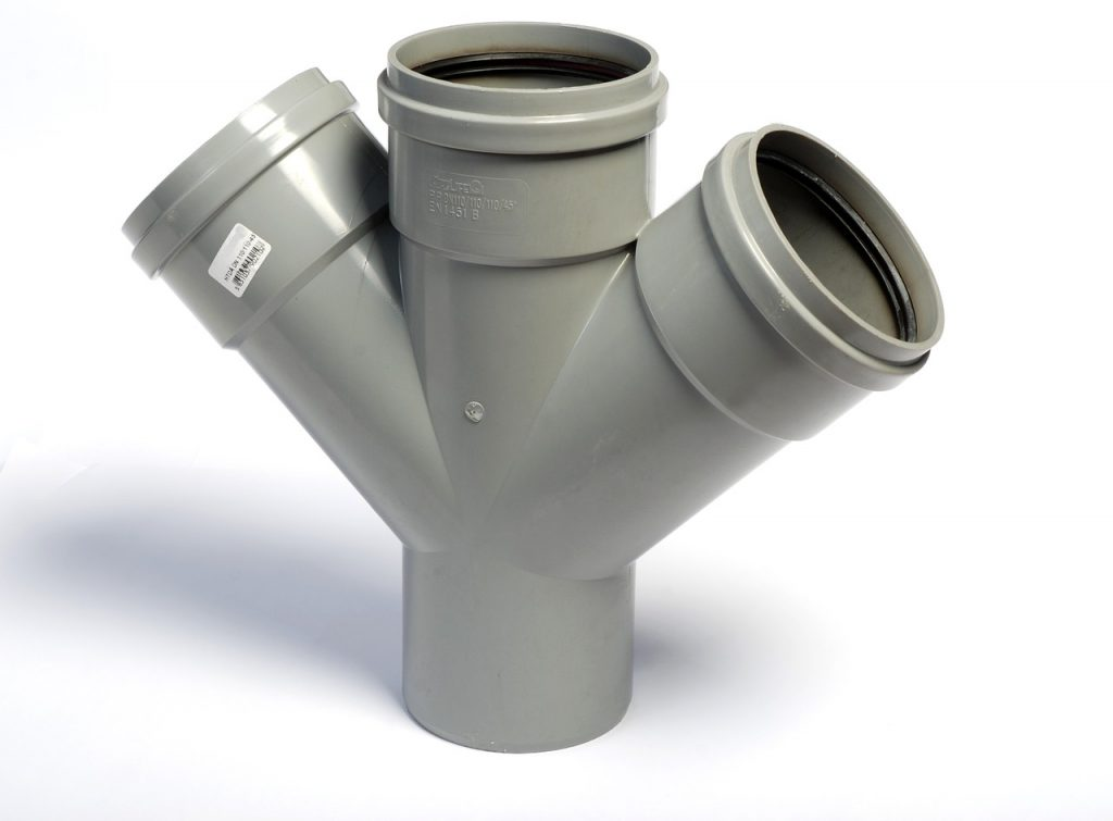 plastic pipes for blumbing